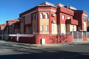Cluster house for sale in Cúllar Vega, Granada.