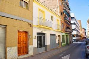 House for sale in Zaidín, Granada.