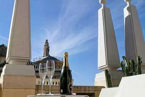 Penthouse Luxury for sale in Centro, Granada.