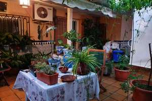 House for sale in Alminares - Ciudad Jardin, Granada.