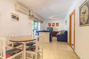Flat for sale in Vergeles-Alminares, Granada.