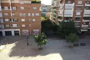 Flat in Constitución, Granada.
