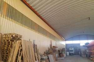 Nave industrial venta en Valdelafuente, Valdefresno, León.