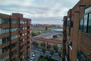 Wohnung zu verkaufen in La Asunción, León.