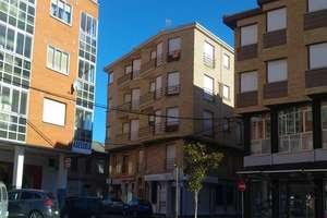 平 出售 进入 Veguellina de Orbigo, Villarejo de Órbigo, León.
