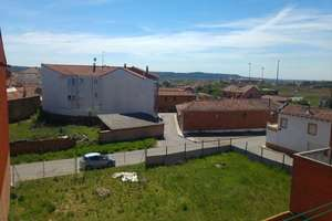 Wohnung zu verkaufen in Villaquilambre, León.