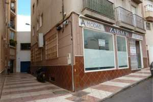 Office for sale in Centro, Aguadulce, Almería.