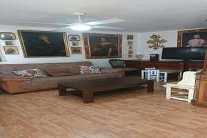 Wohnung zu verkaufen in Paseo de Almeria, Almería.