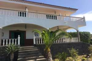 Chalet for sale in Alta Vista, Arona, Santa Cruz de Tenerife, Tenerife.