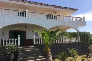 Chalet for sale in Alta Vista, Arona, Santa Cruz de Tenerife, Tenerife.