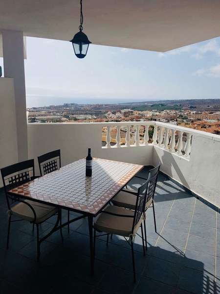 Homes for sale and rent in Los Cristianos, Tenerife.