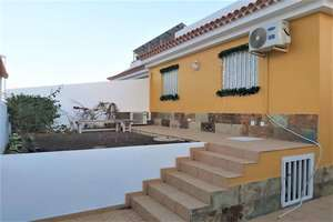Cluster house for sale in El Medano, Granadilla de Abona, Santa Cruz de Tenerife, Tenerife.