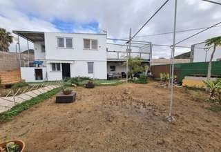 House for sale in Parque de la Reina, Arona, Santa Cruz de Tenerife, Tenerife.
