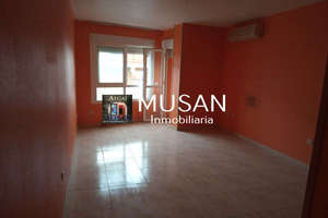 Flat for sale in Norte, Aguadulce, Almería.