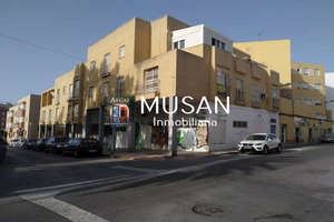 Flat for sale in Los Molinos, Almería.