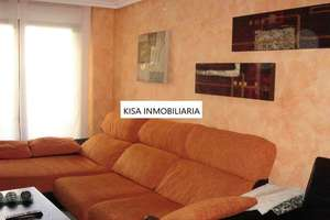 Apartment for sale in Pizarrales, Salamanca.