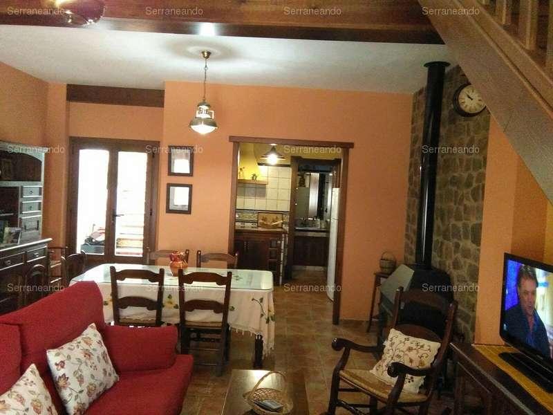 Camere Da Letto Nava.Townhouse In Affitto In Nava La Huelva Ref 147611 3 Camere Da Letto