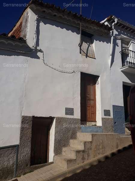 Homes for sale and rent in Sierra de Aracena y Picos de Aroche, Huelva.