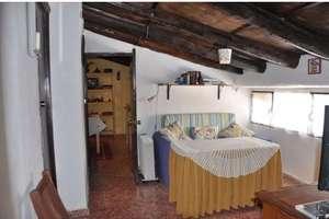 Townhouse for sale in Fuenteheridos, Huelva.