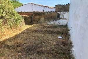 Urban plot for sale in Castaño del Robledo, Huelva.
