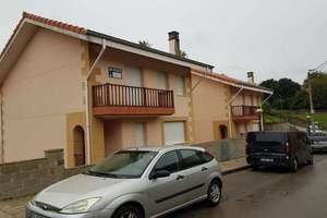 Chalet for sale in Villaescusa, Cantabria.
