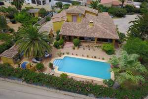Chalet for sale in Ondara, Alicante.