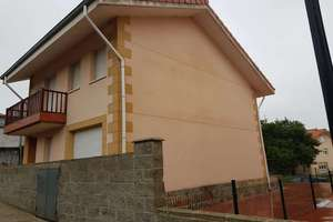 Chalé em Villaescusa, Cantabria.