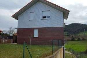 木屋 出售 进入 Puente Viesgo, Cantabria.