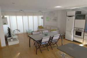 Duplex/todelt hus til salg i AgÜimes Casco, Agüimes, Las Palmas, Gran Canaria.