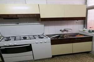 Wohnung zu verkaufen in Ronda-ciencias, Granada.