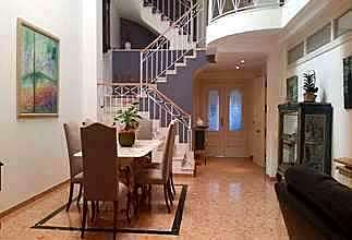 House Luxury for sale in Zona mercado, Catarroja, Valencia.