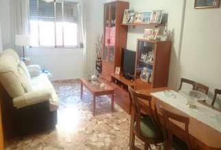 Flat for sale in Zona comercial Filiberto Rodrigo, Catarroja, Valencia.