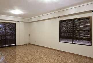 Piso en Zona comercial Filiberto Rodrigo, Catarroja, Valencia.