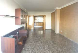 Flat for sale in Zona de Ambulatorio, Catarroja, Valencia.