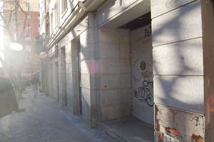 Commercial premise for sale in Vallehermoso, Chamberí, Madrid.