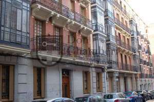 Flat for sale in Trafalgar, Chamberí, Madrid.