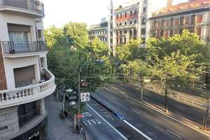 平 进入 Trafalgar, Chamberí, Madrid.