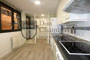 Flat for sale in Rejas, San Blas, Madrid.