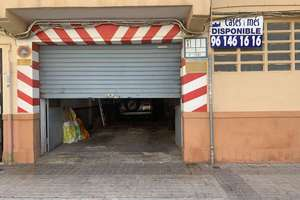 Commercial premise for sale in Caxton, Puçol, Valencia.