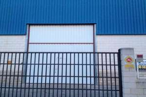 Warehouse for sale in Moncada, Valencia.