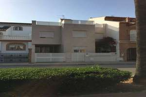 Semidetached house in Nucleo Urbano, Rafelbunyol, Valencia.