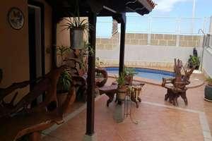 Villa for sale in El Galeon, Adeje, Santa Cruz de Tenerife, Tenerife.