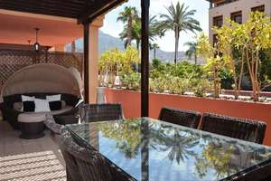 Flat for sale in El Duque, Adeje, Santa Cruz de Tenerife, Tenerife.
