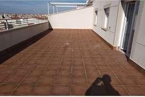 Penthouse for sale in Seis de Junio, Valdepeñas, Ciudad Real.