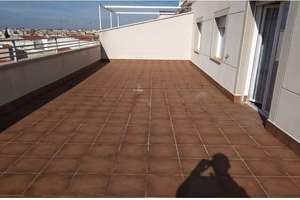 Penthouse for sale in Seis de Junio, Valdepeñas, Ciudad Real.