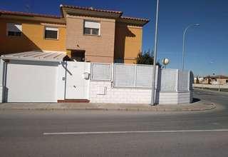 House for sale in Nuevo Valdepeñas, Ciudad Real.