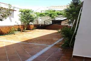 House for sale in Nucleo Urbano, Valdepeñas, Ciudad Real.