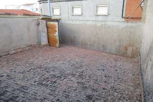 House for sale in San Juan, Valdepeñas, Ciudad Real.