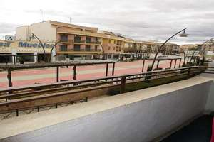 Flat for sale in Canal, Valdepeñas, Ciudad Real.