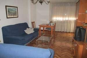 Flat for sale in Seis de Junio, Valdepeñas, Ciudad Real.